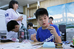 Robotic Kids: Paving Way for Future Robotics Leaders 2