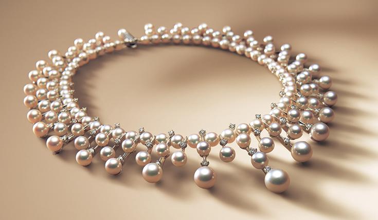 e05aa495a1cd Un collar de Mikimoto hecho con perlas cuidadosamente seleccionadas