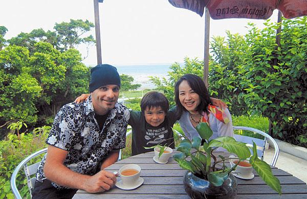 esth tique new age okinawa vivre au japon nipponia. Black Bedroom Furniture Sets. Home Design Ideas