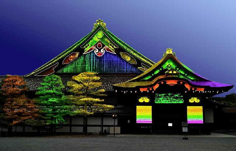 Extremely cool projection mapping puts japans charm on full fantastic lighting effects on nijo castle a registered world heritage site art complex gumiabroncs Images