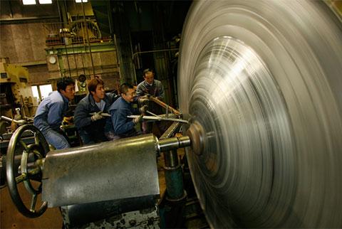 Hera-shibori : Metal Spinning | Tech & Life | Trends in